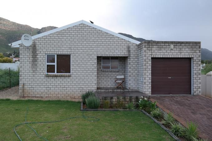 2 Bedroom Cluster for Sale For Sale in Piketberg - Private Sale - MR116552