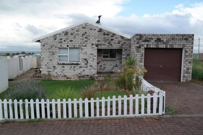2 Bedroom Cluster for Sale For Sale in Piketberg - Private Sale - MR116554
