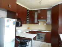 Kitchen - 17 square meters of property in Westpark