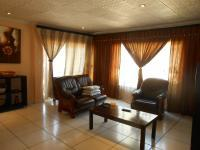 Lounges - 25 square meters of property in Westpark