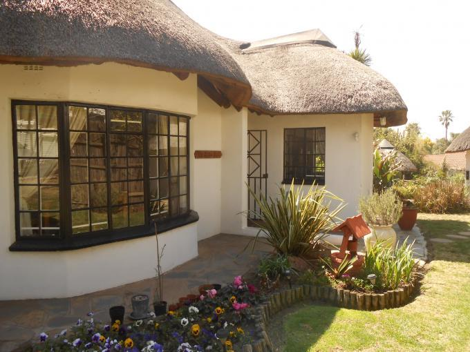 3 Bedroom House for Sale For Sale in Johannesburg North - Private Sale - MR116610