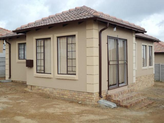 3 Bedroom House For Sale in Cosmo City - Private Sale - MR116663