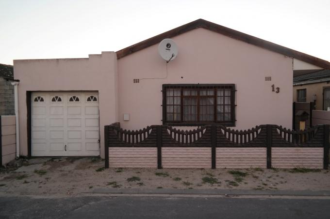 4 Bedroom House for Sale For Sale in Steenberg - Private Sale - MR116672