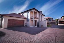 3 Bedroom 2 Bathroom Cluster for Sale for sale in The Wilds Estate