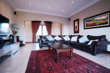 Lounges - 58 square meters of property in The Wilds Estate