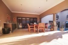 Patio - 53 square meters of property in The Wilds Estate
