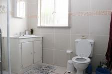 Main Bathroom - 5 square meters of property in Meyerton