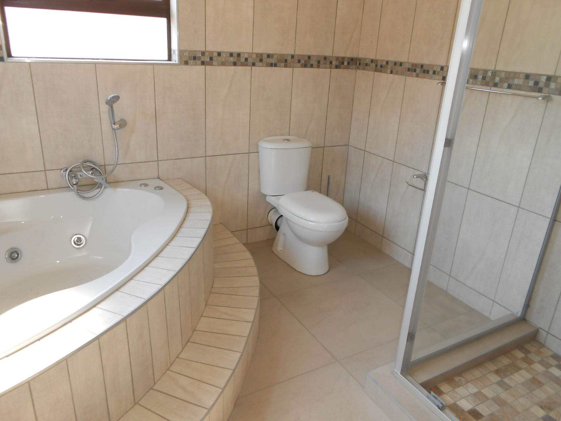 3 bedroom cluster for sale for sale in rynfield home for Bathroom designs gauteng