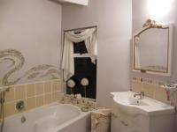 Main Bathroom - 5 square meters of property in Wilderness