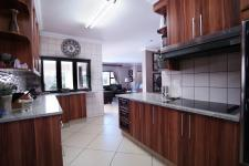 Kitchen - 30 square meters of property in The Wilds Estate