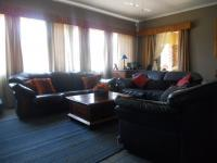 Lounges - 31 square meters of property in Clayville