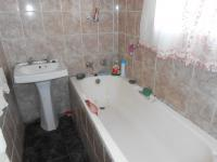 Main Bathroom - 3 square meters of property in Tsakane