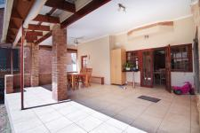 Patio - 43 square meters of property in Six Fountains Estate