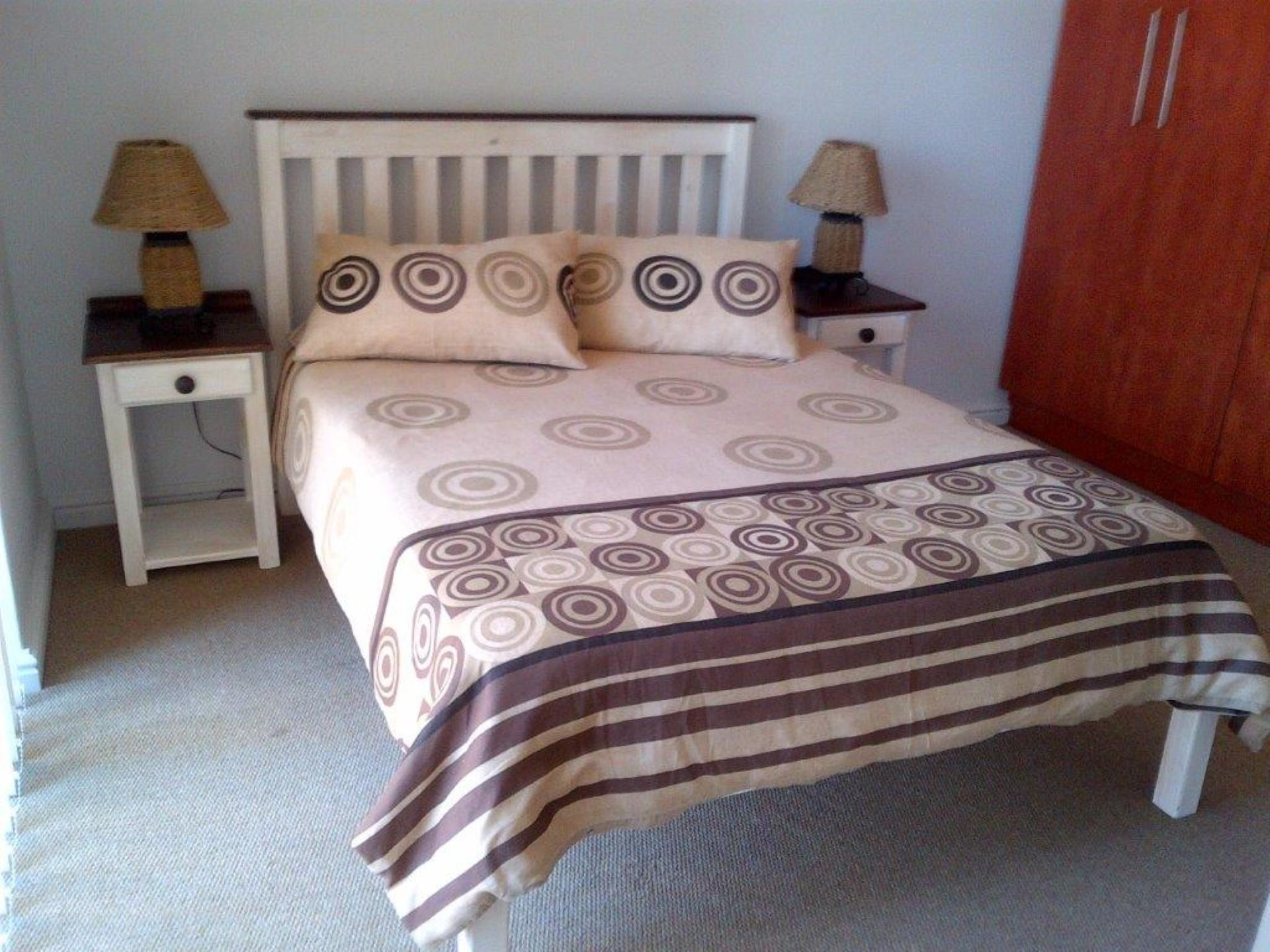 Main Bedroom - 13 square meters of property in Mossel Bay