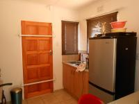 Kitchen - 6 square meters of property in Alveda