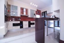 Kitchen - 39 square meters of property in Newmark Estate
