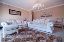 Lounges - 40 square meters of property in Newmark Estate