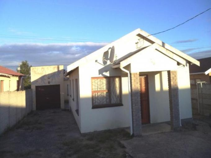 Standard Bank EasySell 2 Bedroom House for Sale For Sale in East London - MR116868