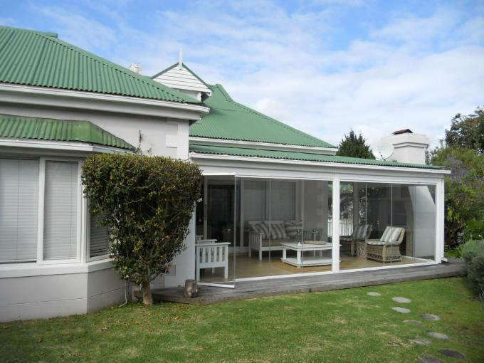 3 Bedroom House for Sale For Sale in Plettenberg Bay - Home Sell - MR116877