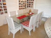Dining Room - 14 square meters of property in Plettenberg Bay