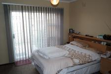 Main Bedroom - 20 square meters of property in Goodwood