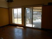 Lounges - 26 square meters of property in Strubenvale