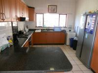 Kitchen - 14 square meters of property in Doonside