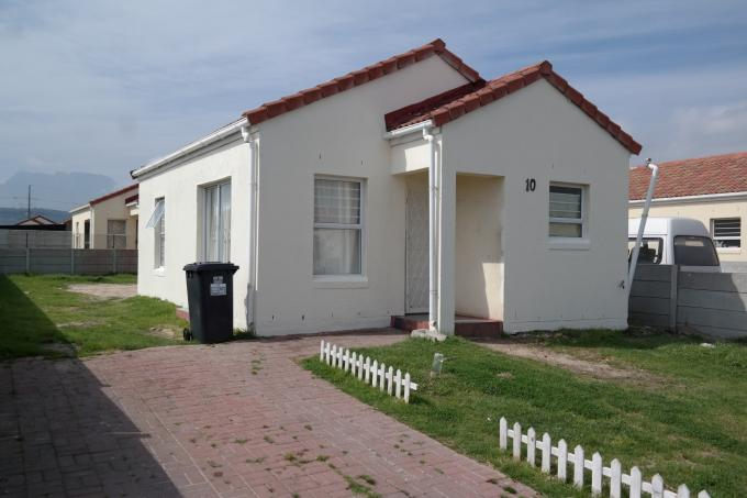 Standard Bank EasySell 2 Bedroom House for Sale For Sale in Strand - MR116946