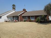4 Bedroom 2 Bathroom in Emalahleni (Witbank)