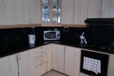 Kitchen - 14 square meters of property in Athlone - CPT