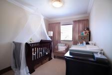 Bed Room 2 - 12 square meters of property in Six Fountains Estate
