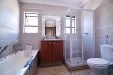 Bathroom 1 - 2 square meters of property in Six Fountains Estate