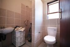 Bathroom 2 - 7 square meters of property in Six Fountains Estate