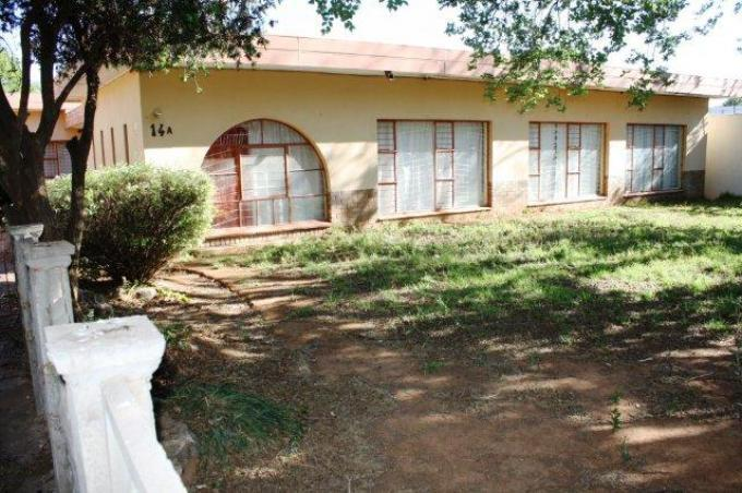 Standard Bank Repossessed 5 Bedroom House for Sale on online auction in Lichtenburg - MR117035
