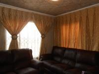 Lounges - 8 square meters of property in Midrand