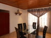 Dining Room - 17 square meters of property in Lenasia South