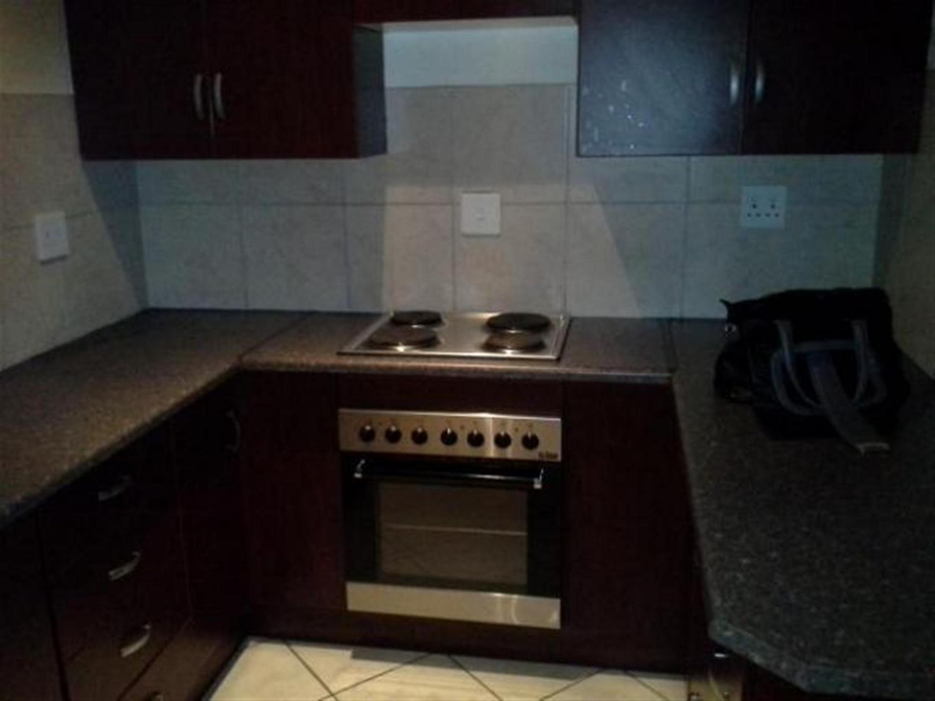 Kitchen - 6 square meters of property in Emalahleni (Witbank)