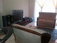 Lounges - 21 square meters of property in Waterval East