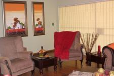Lounges - 43 square meters of property in Barberton