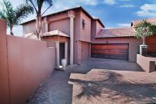 4 Bedroom 3 Bathroom Cluster for Sale for sale in The Wilds Estate
