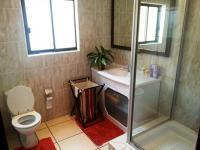 Bathroom 1 of property in Eastleigh