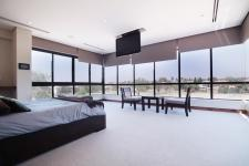 Main Bedroom - 70 square meters of property in Silver Lakes Golf Estate