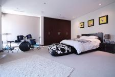 Bed Room 1 of property in Silver Lakes Golf Estate