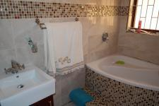 Bathroom 1 - 8 square meters of property in Strandfontein
