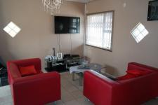Lounges - 26 square meters of property in Strandfontein