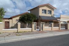 4 Bedroom 1 Bathroom House for Sale for sale in Strandfontein