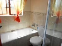 Bathroom 2 - 5 square meters of property in Boardwalk Meander Estate