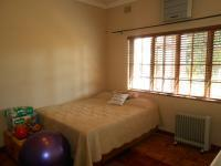 Bed Room 2 - 38 square meters of property in Rietondale