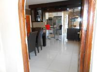 Spaces - 55 square meters of property in Karenpark