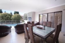 Patio - 102 square meters of property in The Wilds Estate